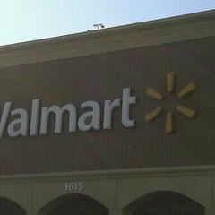 Photo taken at Walmart Supercenter by Luz on 11/7/2011