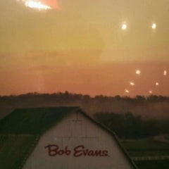 Photo taken at Bob Evans Restaurant by George L. on 11/23/2011