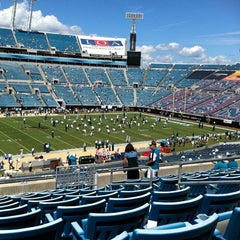 Photo taken at EverBank Field by Beth L. on 9/11/2011