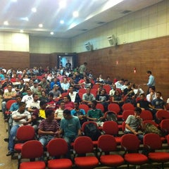 Photo taken at Faculdade Projeção by Arthur Cesar O. on 3/30/2011