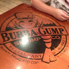 Photo taken at Bubba Gump Shrimp Co by Daniel W. on 10/28/2011