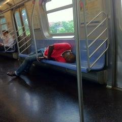 Photo taken at MTA Subway - Middle Village/Metropolitan Ave (M) by Claude N. on 7/19/2012