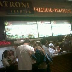 Photo taken at Patroni Pizza by Ricardo A. on 6/30/2012