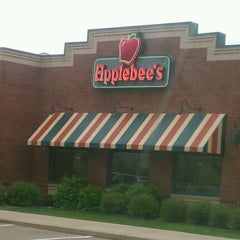 Photo taken at Applebee's by Marty H. on 5/6/2012