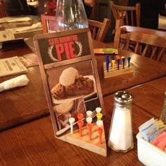 Photo taken at Cracker Barrel Old Country Store by TJ B. on 12/23/2011