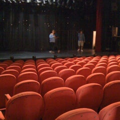 Photo taken at Teatro Vannucci by Hugo C. on 7/9/2012
