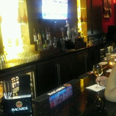 Photo taken at Glen Lounge At Glenpointe Center by Raul F. on 12/16/2011