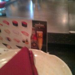 Photo taken at Fuji Hana Hibachi Steakhouse & Sushi Bar by Chris S. on 8/19/2011