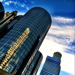 Photo taken at The Westin Bonaventure Hotel & Suites, Los Angeles by @cfnoble on 11/4/2011