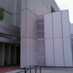 Photo taken at The Woodruff Arts Center by Hadrian X. on 8/31/2011