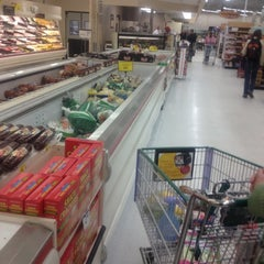 Photo taken at Cub Foods by Dereck G. on 3/21/2012
