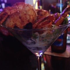 Photo taken at Wowies Sports Grill by Warren C. on 8/28/2012