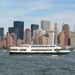Photo taken at Circle Line Sightseeing Cruises by Usewordswisely on 7/4/2012