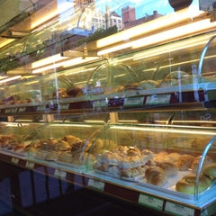Photo taken at Fay Da Bakery by Boo boo isa on 5/29/2012