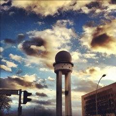 Photo taken at Tempelhofer Park by Thor B. on 2/25/2012