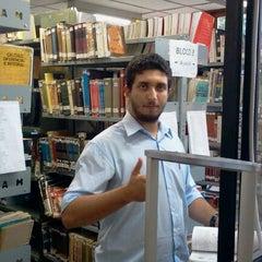Photo taken at Biblioteca da FT by Inaldo N. on 2/8/2012