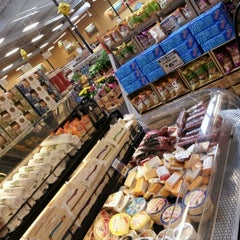 Photo taken at Sprouts Farmers Market by Martijn v. on 7/18/2012