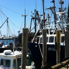 Photo taken at Larsen's Fish Market by Sabrina T. on 7/22/2012