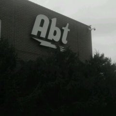 Photo taken at Abt Electronics by Michael L. on 3/31/2012