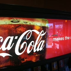 Photo taken at Jack in the Box by Diyan H. on 9/26/2011