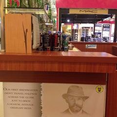 Photo taken at O'Brien's Irish Sandwich Bar by takakoji on 7/29/2012
