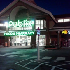 Photo taken at Publix by Lynnette F. on 4/2/2012