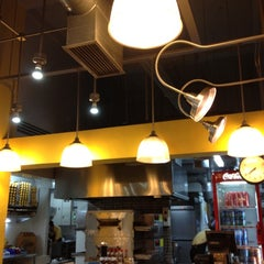 Photo taken at Yellow Cab Pizza Co. by Karen Jeorgha B. on 6/4/2012
