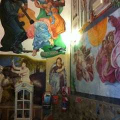 Photo taken at Hostel Archi Rossi by GibZy B. on 9/14/2011