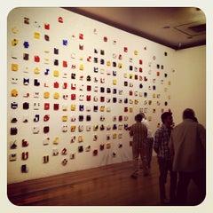 Photo taken at Estação Pinacoteca by Henrique L. on 3/17/2012