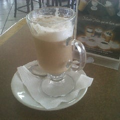 Photo taken at La Victoria café gourmet by Daniel O. on 11/1/2011