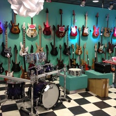 Photo taken at Sound-Shop by Heatheness on 5/8/2012