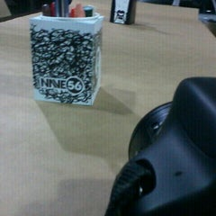 Photo taken at Prime Burger by Heriberto M. on 10/29/2011