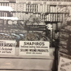 Photo taken at Shapiro's Delicatessen by Lee Ann D. on 12/10/2011