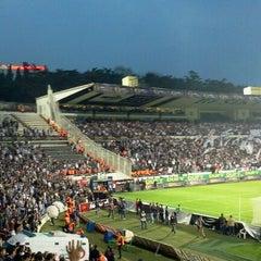Photo taken at Beşiktaş İnönü Stadyumu Yeni Açık by Mehmet Ali T. on 4/16/2012