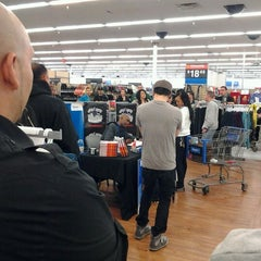 Photo taken at Walmart Supercenter by Julius F. on 1/11/2012