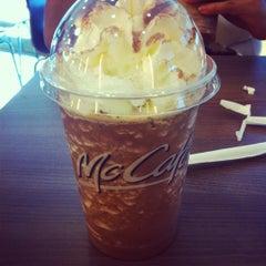 Photo taken at McDonald's / McCafé by ShiHui H. on 4/28/2012