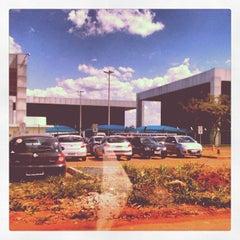 Photo taken at Juizados Especiais de Brasília - TJDFT by Matheus S. on 4/30/2012