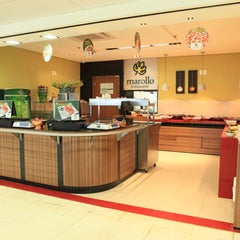 Photo taken at Marollo Restaurante by Marollo Restaurante on 2/8/2012