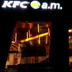 Photo taken at KFC / KFC Coffee by Pinno S. on 1/22/2012