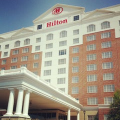 Photo taken at Hilton Columbus/Polaris by Lawrence S. on 8/24/2012