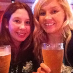 Photo taken at Applebee's by Kt P. on 3/18/2012