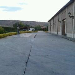 Photo taken at Bodegas Altanza by Aritz B. on 9/8/2012