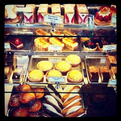 Photo taken at St. Honoré Boulangerie by Katie G. on 6/5/2012