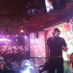Photo taken at The Comedy Store by Harpa on 3/19/2012