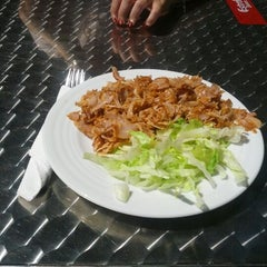 Photo taken at Prime Döner Kebab by Xavier V. on 5/23/2012