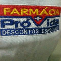 Photo taken at Farmácia Pro + vida by Socorro Santos T. on 1/28/2012