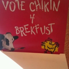 Photo taken at Chick-fil-A by Trina S. on 9/29/2011