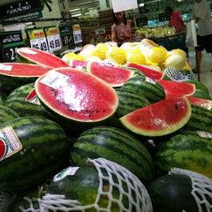 Photo taken at Big C (บิ๊กซี) by Akerath A. on 7/18/2012