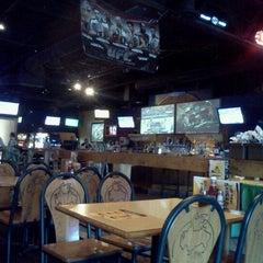 Photo taken at Buffalo Wild Wings by Rando P. on 11/25/2011