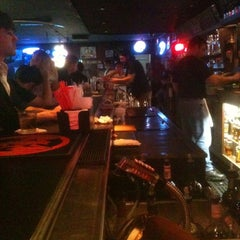 Photo taken at Cozy Inn by Smooshy S. on 9/4/2011